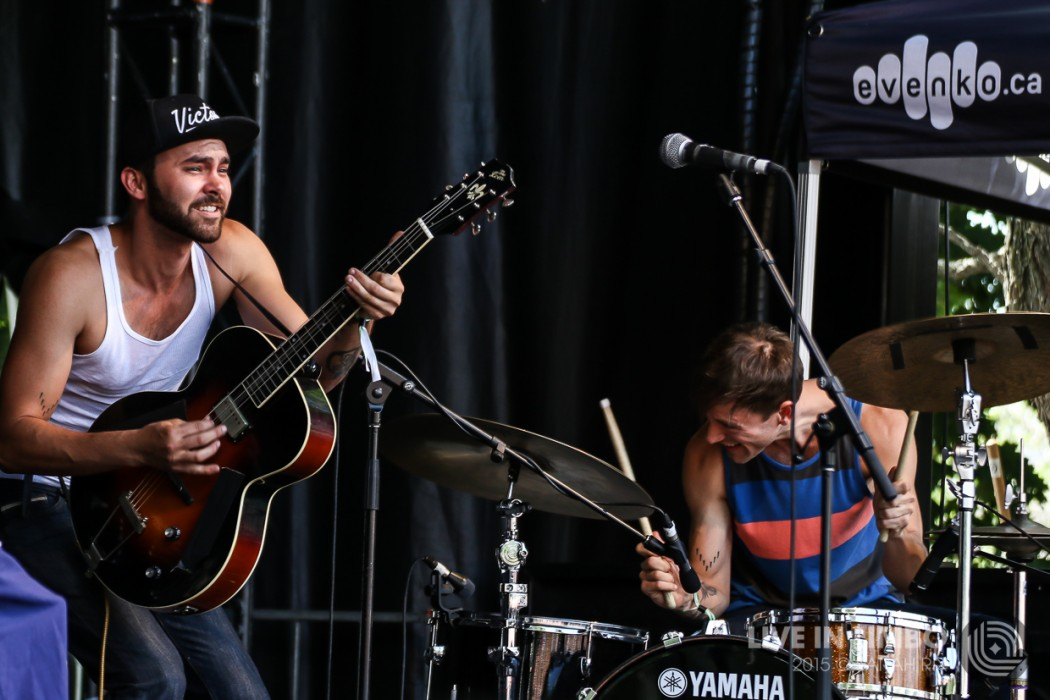 Shakey Graves at Osheaga 2015