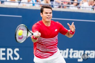 Milos Raonic Wins In Straight Sets
