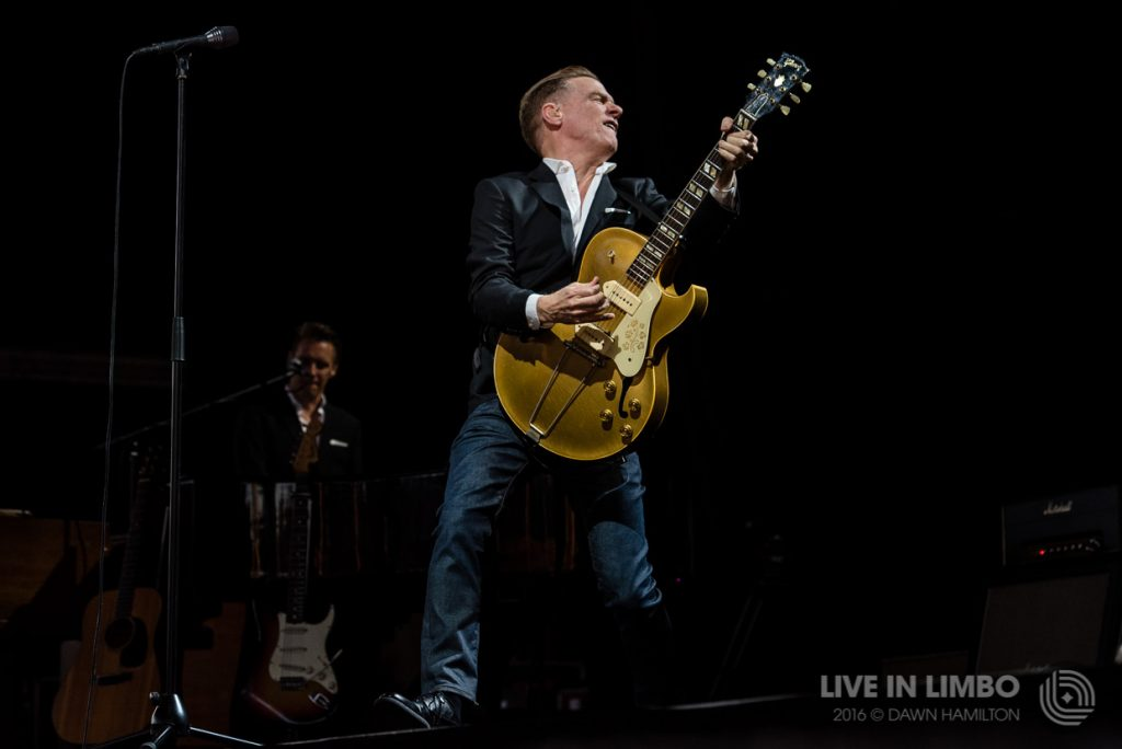 bryan adams at the molson canadian amphitheatre concert reviews. Black Bedroom Furniture Sets. Home Design Ideas