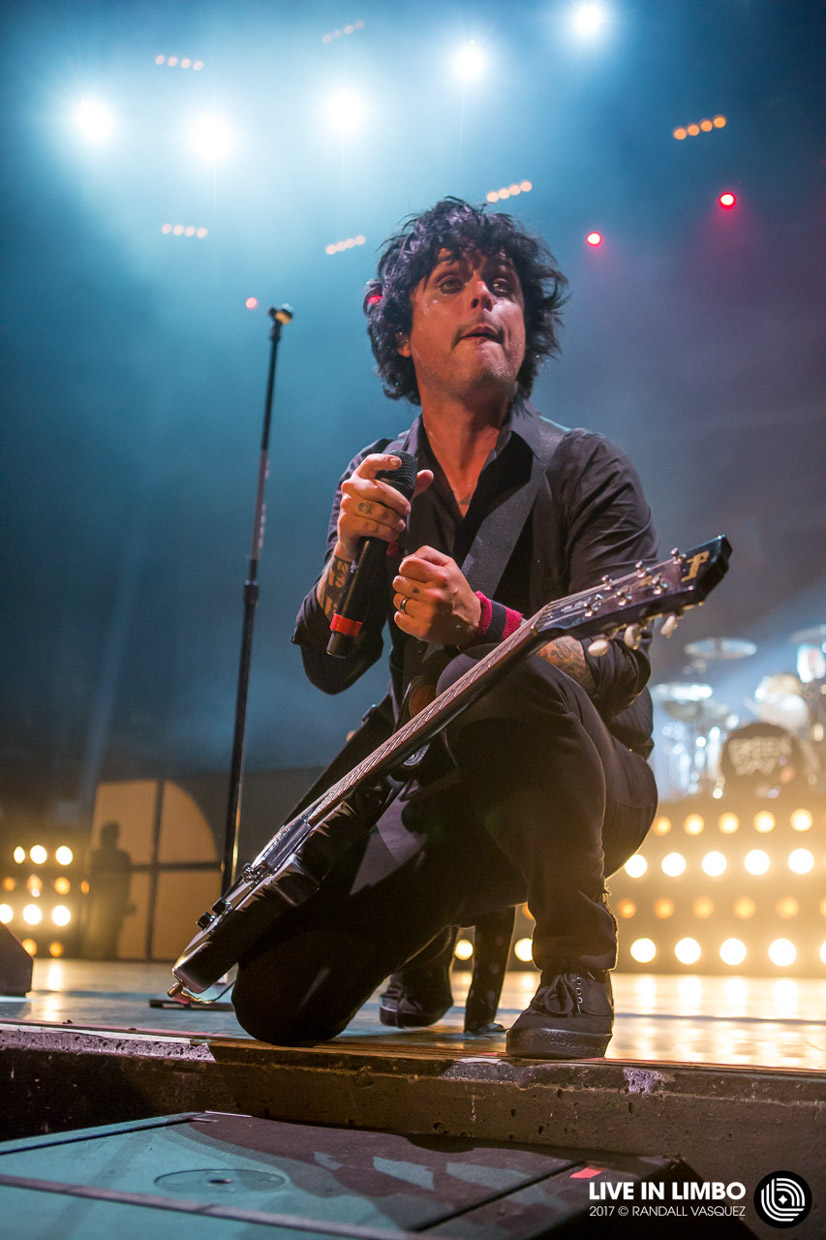 2-greenday-9992-budweiserstage.jpg
