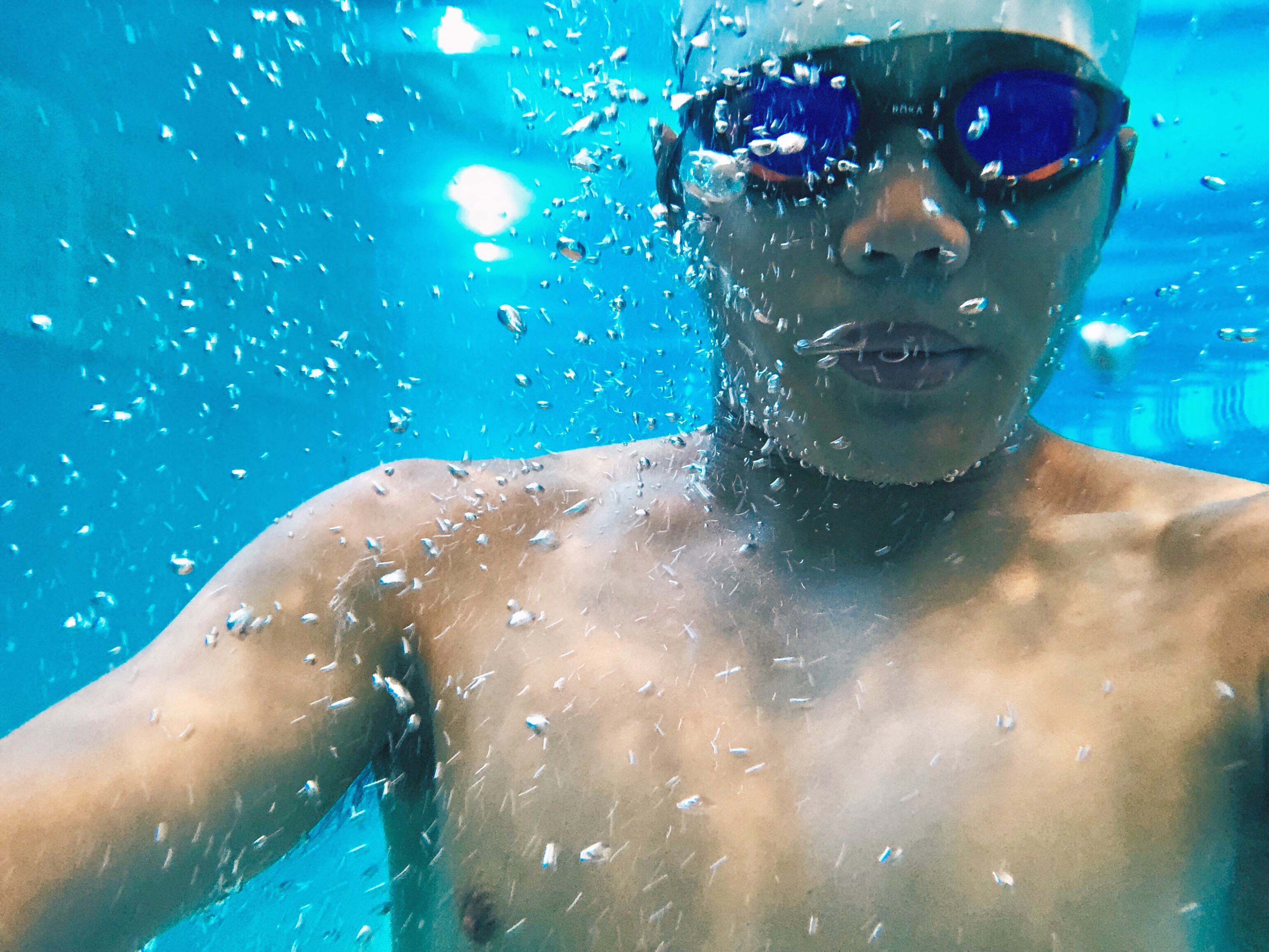 d745f3ad79 ... Sim Pro II Buoyancy Shorts, and the R1 Goggle. Let's start with the  eyewear. The ROKA R1 Goggle features RAPIDSIGHT technology, has high  durability, ...