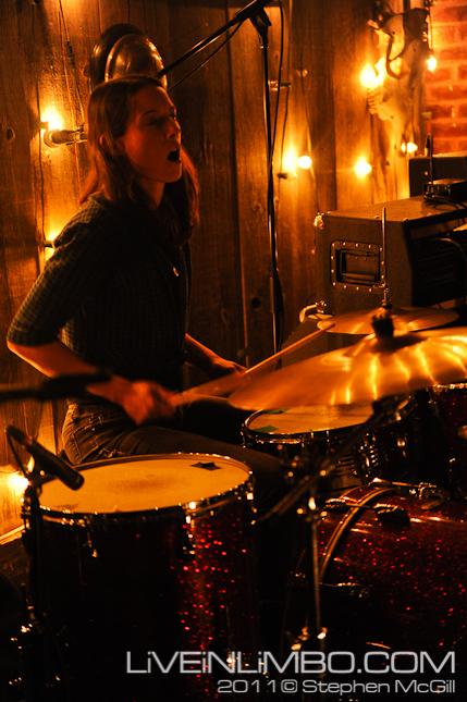 Sheezer at The Dakota Tavern photos