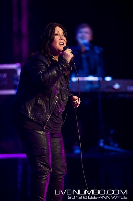 Jann Arden @ Hamilton Place concert photos
